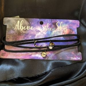Set of Hot Topic planetary chokers